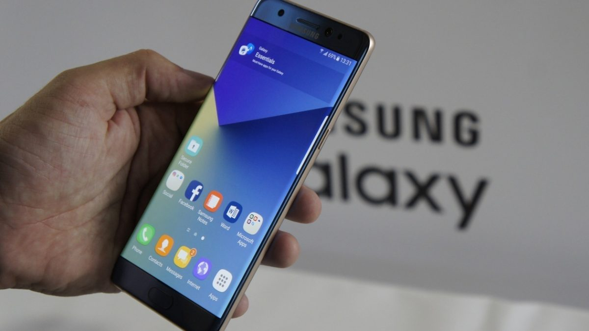 the cares of the Galaxy Note 7 will come may not be the battery