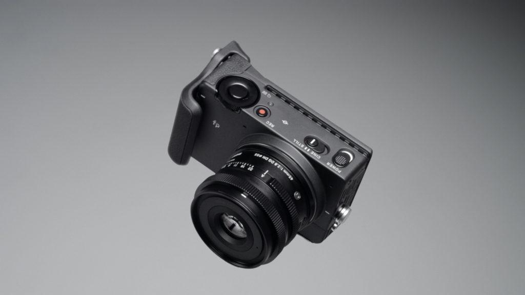 Sigma fp: a versatile 24×36 camera